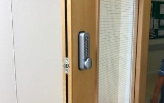 Digital Lock Installation by barwick in elmet Locksmith 320x202 1