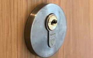 locksmith Chapel Allerton Ultion Lock Fitting Service