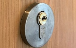 locksmith Stanley Ultion Lock Fitting Service